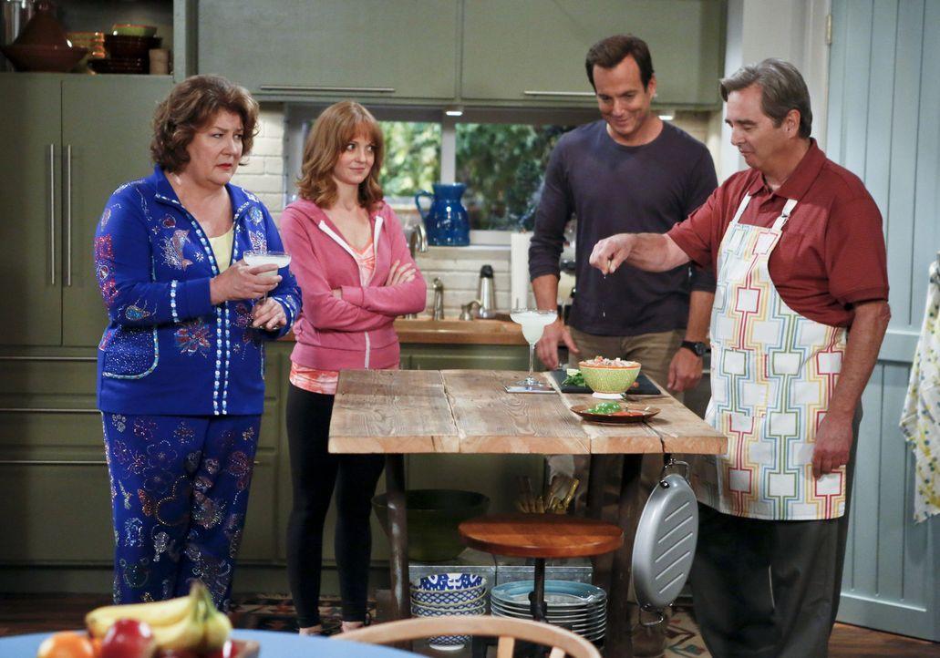 Eine ganz besondere Familie: Carol (Margo Martindale, l.), Tom (Beau Bridges, r.), Nathan (Will Arnett, 2.v.l.) und Debbie (Jayma Mays, 2.v.r.) ... - Bildquelle: 2013 CBS Broadcasting, Inc. All Rights Reserved.