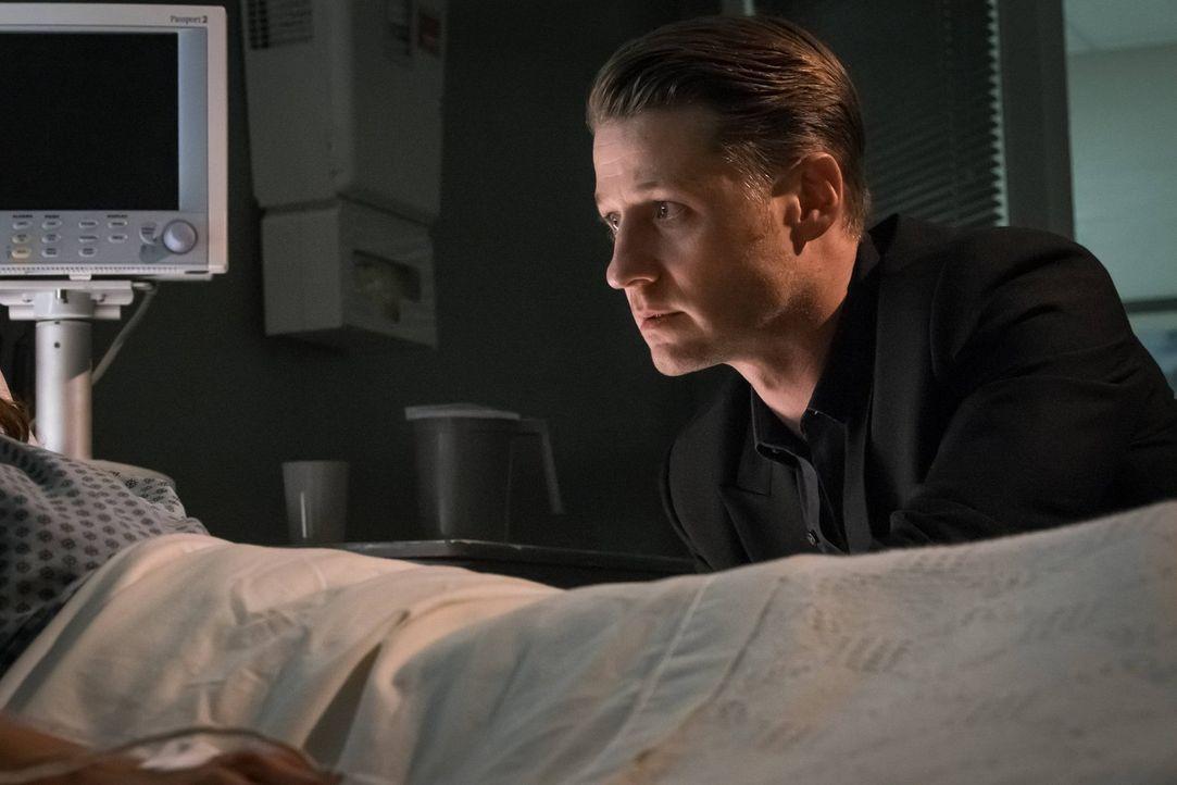 Als er dank Jervis mit einer Substanz in Berührung gekommen ist, begibt sich Jim Gordon (Ben McKenzie) unfreiwillig auf einen psychedelischen Trip,... - Bildquelle: Warner Brothers