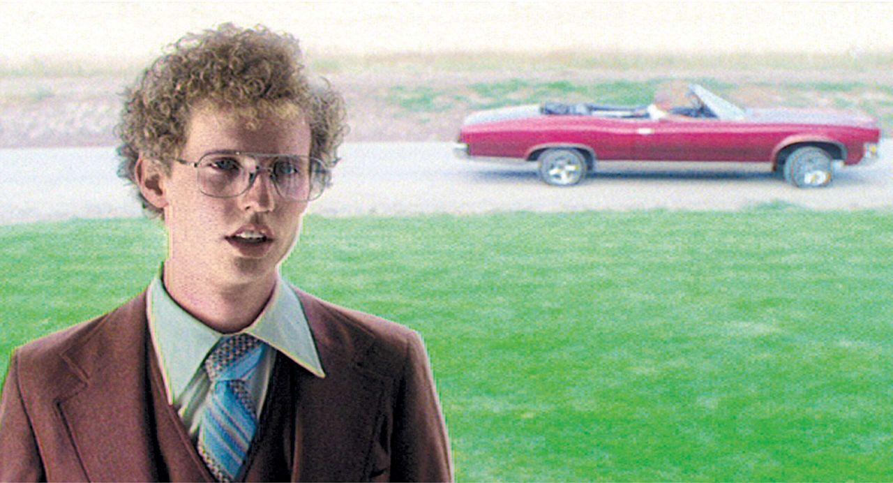 Ein allseits belächelter Außenseiter: Napoleon Dynamite (Jon Heder) ... - Bildquelle: TM & © 2006 Paramount Pictures. All Rights Reserved.