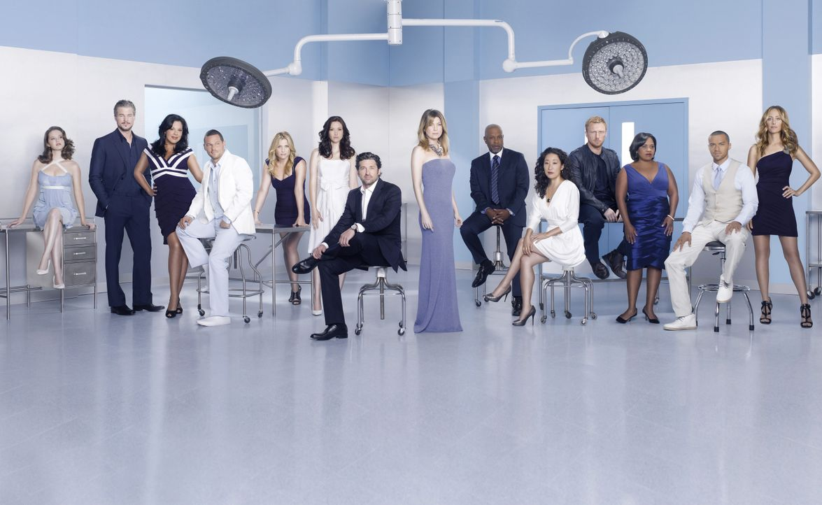 (7. Staffel) - Grey's Anatomy: (v.l.n.r.) April (Sarah Drew), Mark (Eric Dane), Callie (Sara Ramirez), Alex (Justin Chambers), Arizona (Jessica Caps... - Bildquelle: Bob D'Amico 2010 American Broadcasting Companies, Inc. All rights reserved. / Bob D'Amico