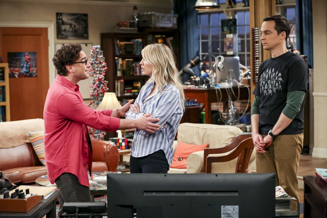 (v.l.n.r.) Leonard Hofstadter (Johnny Galecki); Penny (Kaley Cuoco); Sheldon Cooper (Jim Parsons) - Bildquelle: Michael Yarish 2019 CBS Broadcasting, Inc. All Rights Reserved / Michael Yarish