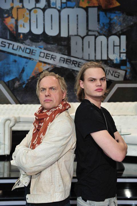 """In """"Clash! Boom! Bang! - Die Stunde der Abrechnung"""" treten Uwe (l.) und Wilson Gonzalez (r.) Ochsenknecht gegeneinander an. - Bildquelle: Andre Kowalski ProSieben"""