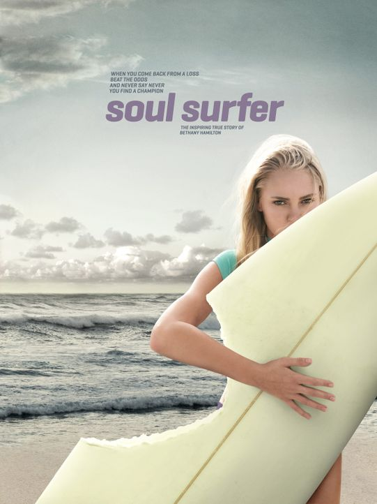 Soul Surfer - Plakatmotiv - Bildquelle: Mario Perez, Noah Hamilton Tristar Pictures, Inc., FilmDistrict Distribution, LLC. and Enticing Entertainment, LLC.  All rights reserved