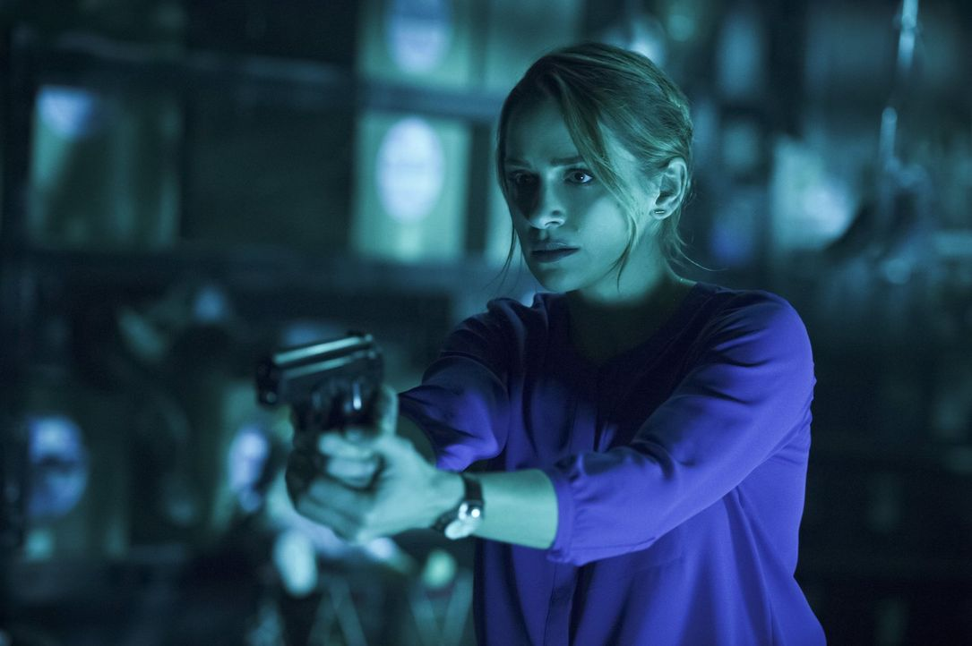 Als Mark Mardon wieder in Central City auftaucht, will Patty (Shantel VanSanten) endlich Rache für den Mord an ihrem Vater und bringt sich damit sel... - Bildquelle: 2015 Warner Brothers.