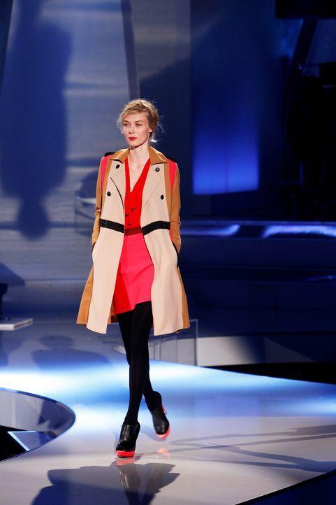 Fashion-Hero-Epi03-Gewinneroutfits-Marcel-Ostertag-s-Oliver-02-Richard-Huebner - Bildquelle: Richard Huebner