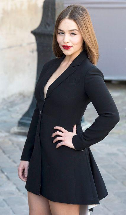 FW-Paris-Emilia-Clarke-15-10-02-dpa - Bildquelle: dpa