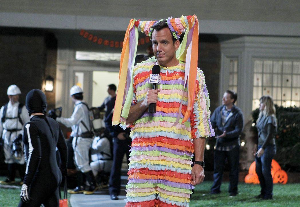 An Halloween erfährt Nathan (Will Arnett), was wirklich mit seinem Papagei passiert ist ... - Bildquelle: 2013 CBS Broadcasting, Inc. All Rights Reserved.