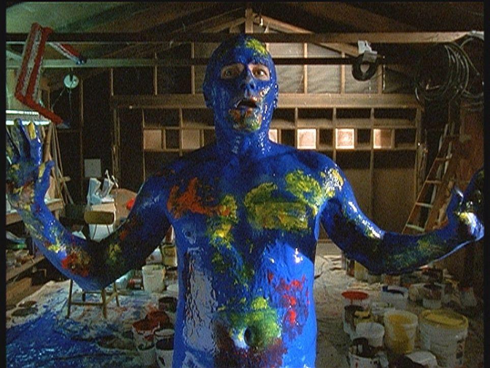 Hal (Bryan Cranston) hat eine Auszeit genommen, um sich seinen langjährigen Traum zu erfüllen: Er malt. - Bildquelle: TM +   2000 Twentieth Century Fox Film Corporation. All Rights Reserved.