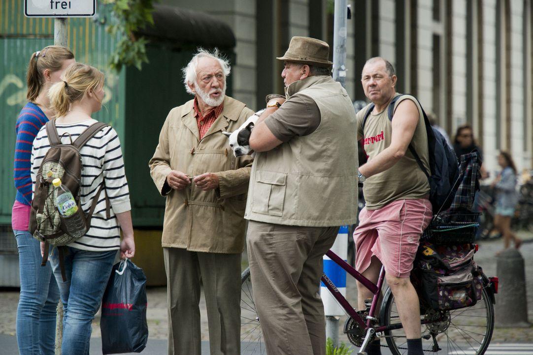 """In """"Old Ass Bastards"""" nimmt heute Dieter Hallervorden junge Leute auf die Schippe ... - Bildquelle: Martin Menke ProSieben"""