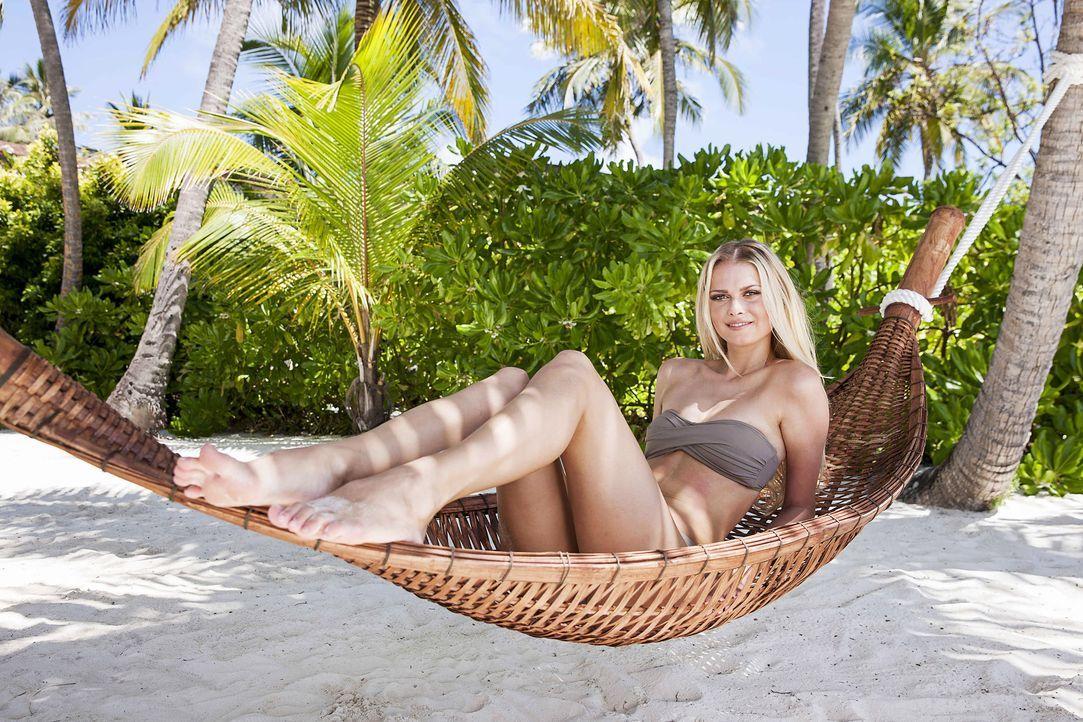 GNTM-Stf10-Epi13-Bikini-Shooting-Malediven-07-Darya-ProSieben-Boris-Breuer - Bildquelle: ProSieben/Boris Breuer