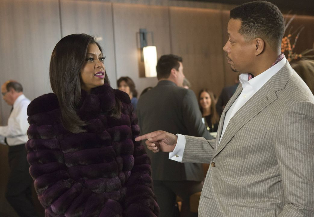 Ach, er hat die Rose geschickt? Cookie (Taraji P. Henson, l.) ist überrascht von Lucious' (Terrence Howard, r.) Geste ... - Bildquelle: 2015 Fox and its related entities.  All rights reserved.