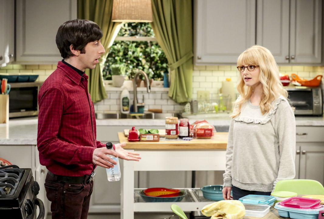 Howard Wolowitz (Simon Helberg, l.); Bernadette (Melissa Rauch, r.) - Bildquelle: Michael Yarish 2019 WBEI. All rights reserved. / Michael Yarish