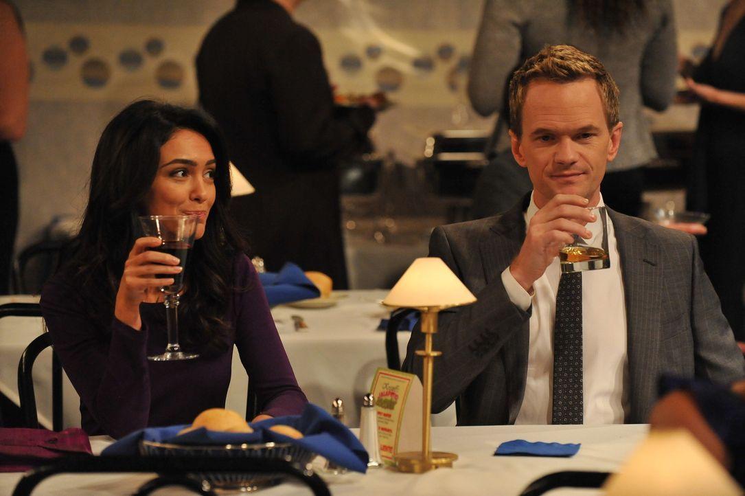 Wie wird es mit Barney (Neil Patrick Harris, r.) und Nora (Nazanin Boniadi, l.) nur weitergehen? - Bildquelle: 20th Century Fox International Television