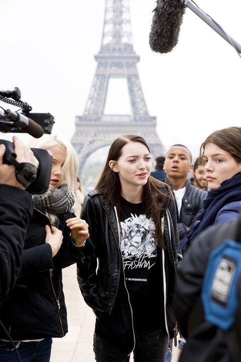 GNTM-Stf10-Epi14-Fashion-Week-Paris-079-Ajsa-ProSieben-Richard-Huebner - Bildquelle: ProSieben/Richard Huebner