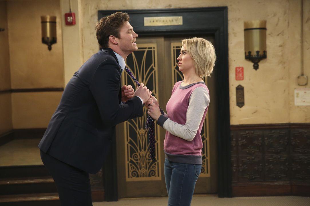 Danny (Derek Theler, l.); Riley (Chelsea Kane, r.) - Bildquelle: Adam Taylor ABC Family / Adam Taylor