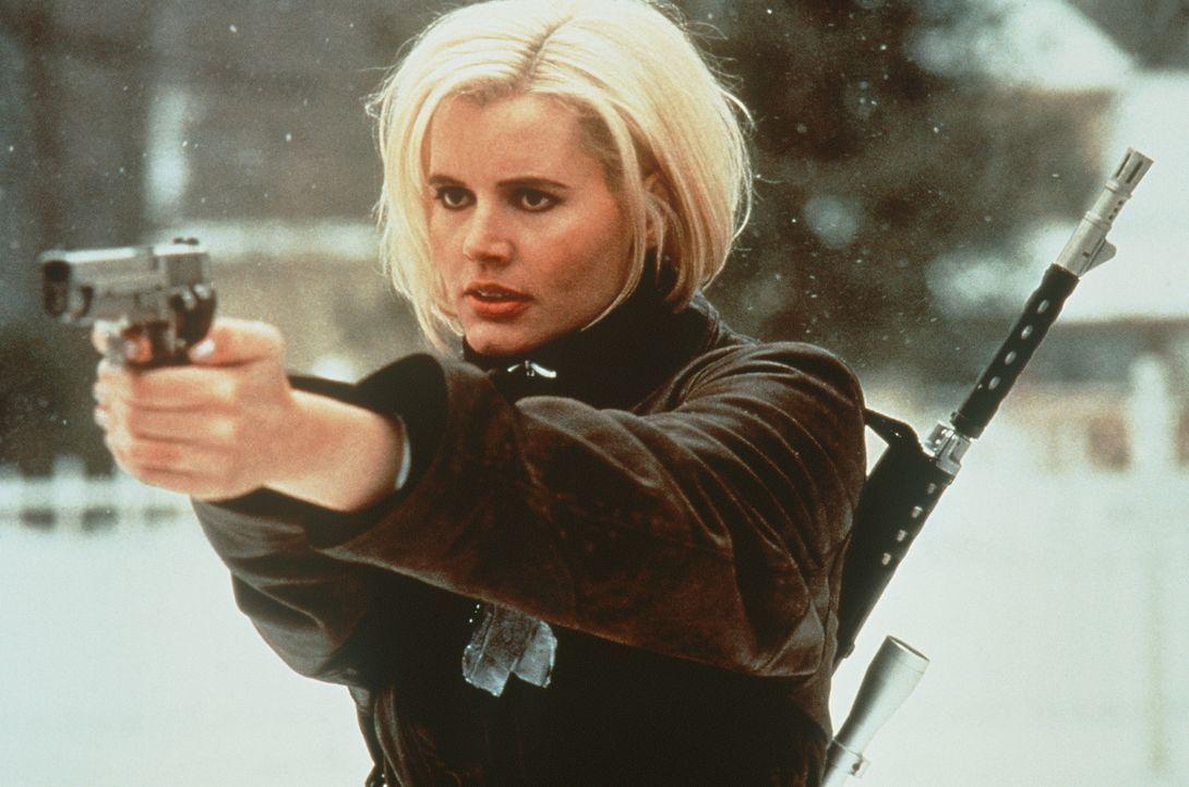 Je mehr Charly Baltimore (Geena Davis) über ihre Vergangenheit lernt, desto mehr Erinnerungen kehren zurück - und desto gefährlicher werden die Erin... - Bildquelle: New Line Cinema