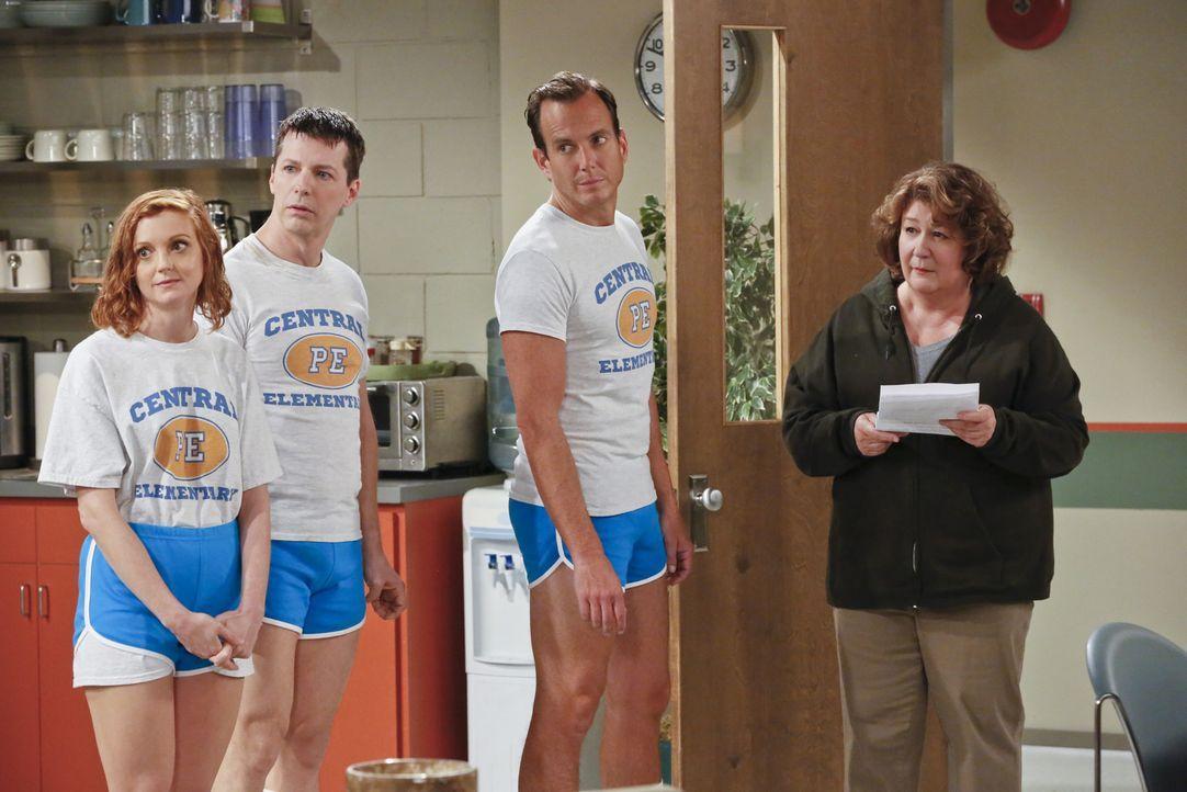 Nachdem Carol (Margo Martindale, r.) in eine Depression fällt, versuchen Nathan (Will Arnett, 2.v.r.), Kip (Sean Hayes, 2.v.l.) und Debbie (Jayma Ma... - Bildquelle: 2014 CBS Broadcasting, Inc. All Rights Reserved.