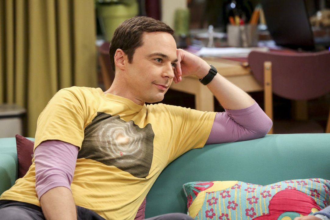 Lässt sich mehr als einmal von seinen Freunden beeinflussen: Sheldon (Jim Parsons) ... - Bildquelle: Warner Bros. Television