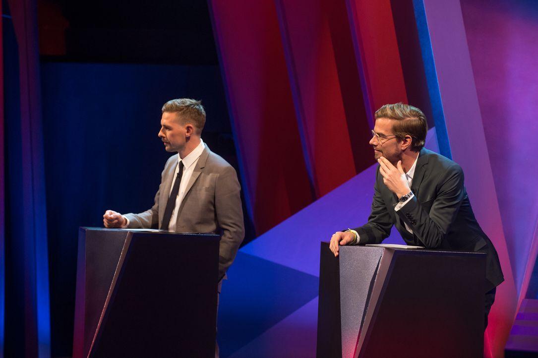 """Klaas Heufer-Umlauf (l.) und Joko Winterscheidt (r.) wollen in der neuen Promi-Comedy-Show """"My Idiot Friend"""" wissen, wie gut der Freundeskreis seine... - Bildquelle: ProSieben"""