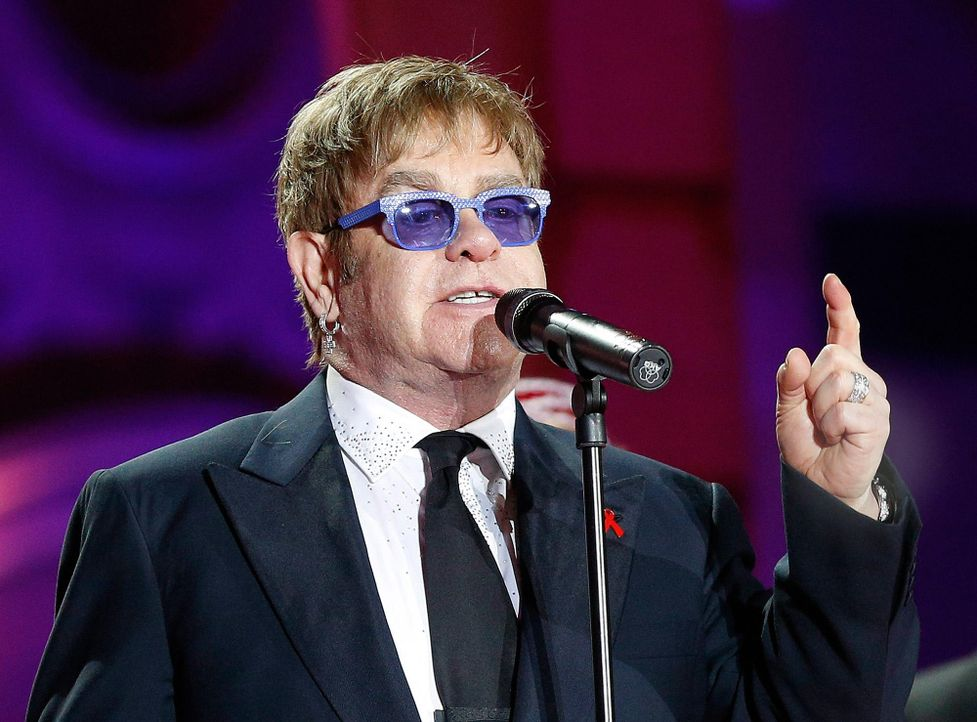 Platz 8: Elton John - Bildquelle: dpa