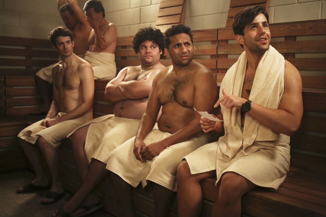 Jimmy erklärt sich bereit, mit CJ (Brandon J. Sornberger, l.), Victor (A.J. Rivera, 2.v.l.), Ravi (Ravi Patel, 2.v.r.) und Gerald (Josh Peck, r.) in... - Bildquelle: Jordin Althaus 2016 ABC Studios. All rights reserved.