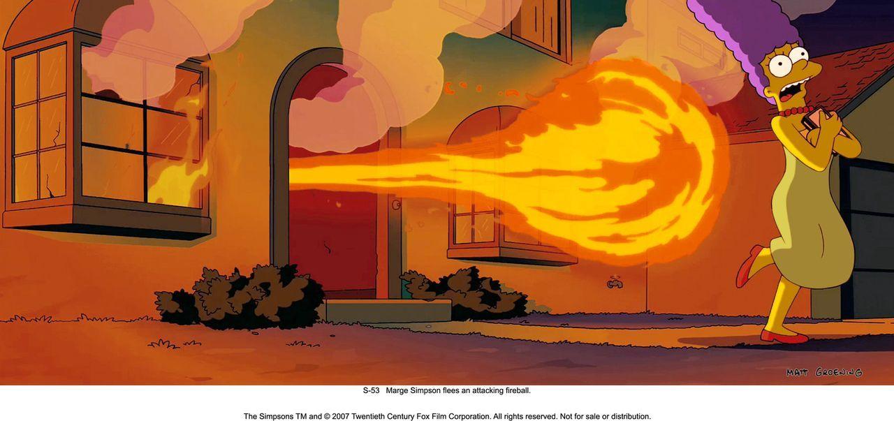 Als Marge (r.) vor dem Feuerball aus ihrem Haus flüchtet, ahnt sie schon, wer dafür verantwortlich ist ... - Bildquelle: 2007 Twentieth Century Fox Film Corporation