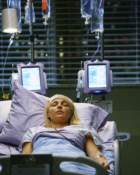 Der große Tag ist gekommen: Izzie (Katherine Heigl) wird am Gehirn operiert, um den Tumor zu entfernen. Derek wird sie gemeinsam mit der Onkologin D... - Bildquelle: Scott Garfield 2009 American Broadcasting Companies, Inc. All rights reserved. NO ARCHIVE. NO RESALE.