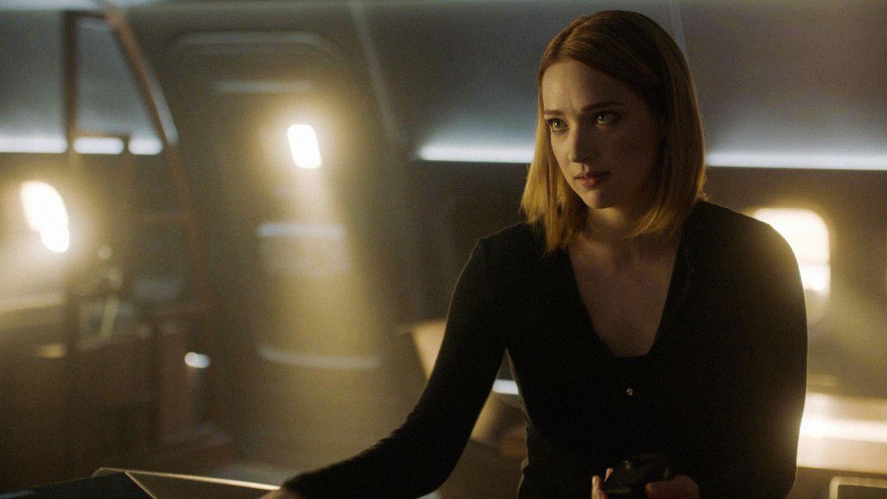 Während Jamie (Kristen Connolly) noch darauf hofft, dass das IADC sie retten, arbeitet Abigail weiter an ihrem perfiden Plan ... - Bildquelle: 2017 CBS Broadcasting, Inc. All Rights Reserved