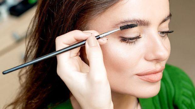 Soap Brows – was macht den Augenbrauen Look so besonders? Make-up Tipps zum N...