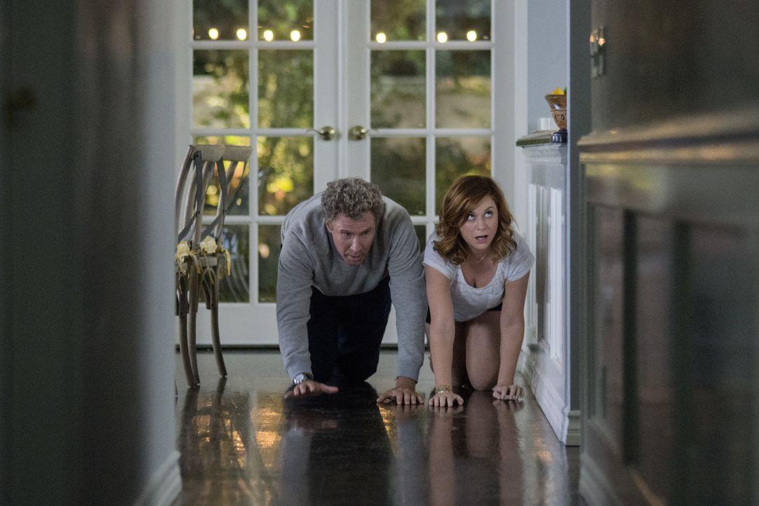 Scott Johansen (Will Ferrell, l.); Kate Johansen (Amy Poehler, r.) - Bildquelle: Warner Bros.
