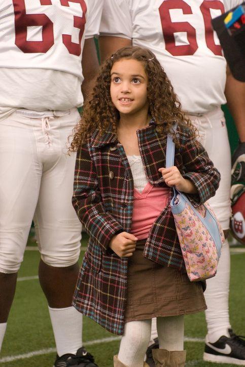 Weil ihre Mutter gerade im Ausland ist, macht Peyton (Madison Pettis) ihrem völlig überraschten Vater das Leben schwer ... - Bildquelle: Buena Vista International
