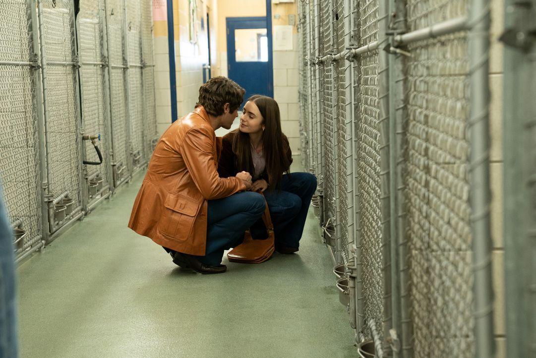 Ted Bundy (Zac Efron, l.); Liz Kendall (Lily Collins, r.) - Bildquelle: 2019 Constantin Film Verleih GmbH