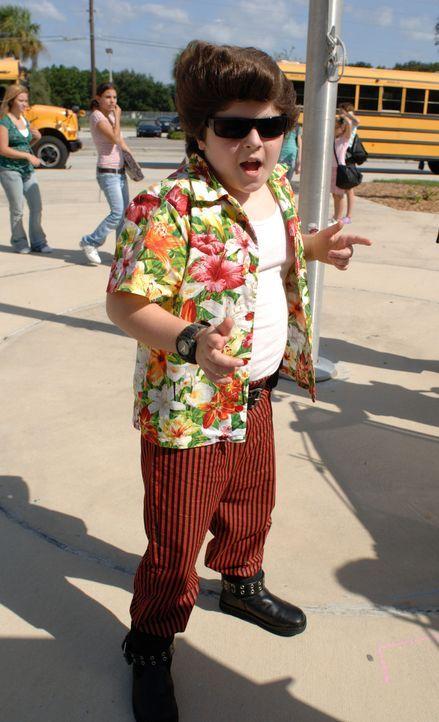 Kaum zu glauben, aber der abgefahrene, tierische Detektiv hat tatsächlich seine Freundin geheiratet und einen Sohn in die Welt gesetzt: Ace Ventura...