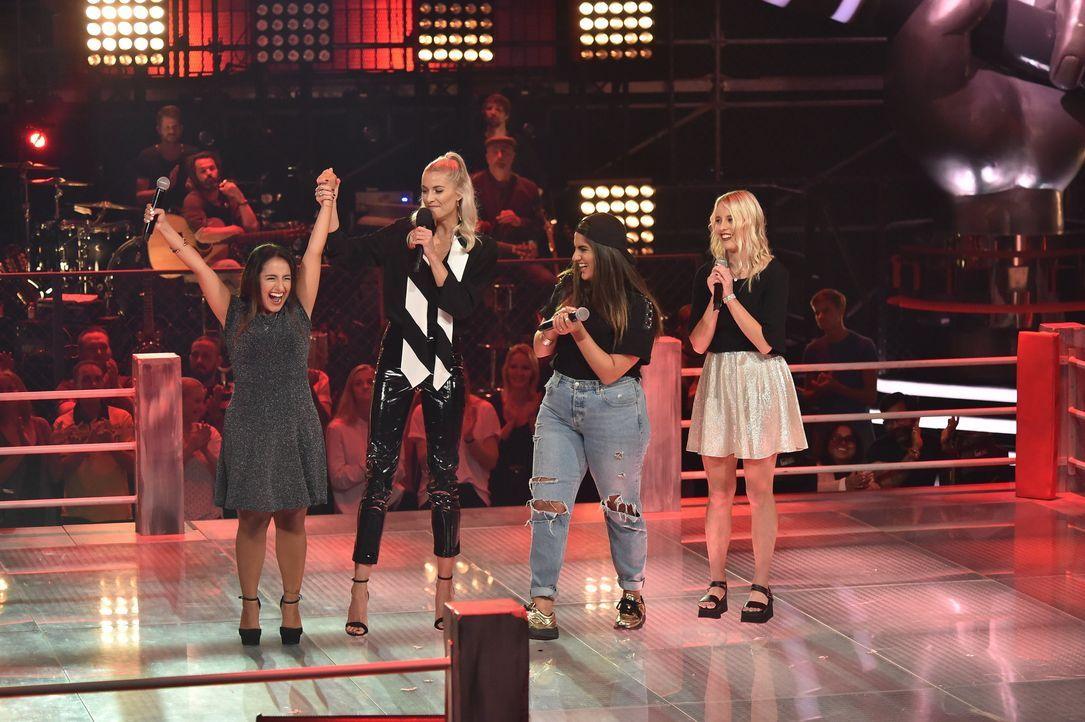 S1P7_Voice_SD11_Nachbericht_Maria; Lena Gercke;Amanda Lena;Lena;  - Bildquelle: ProSieben / SAT.1 / Andre Kowalski