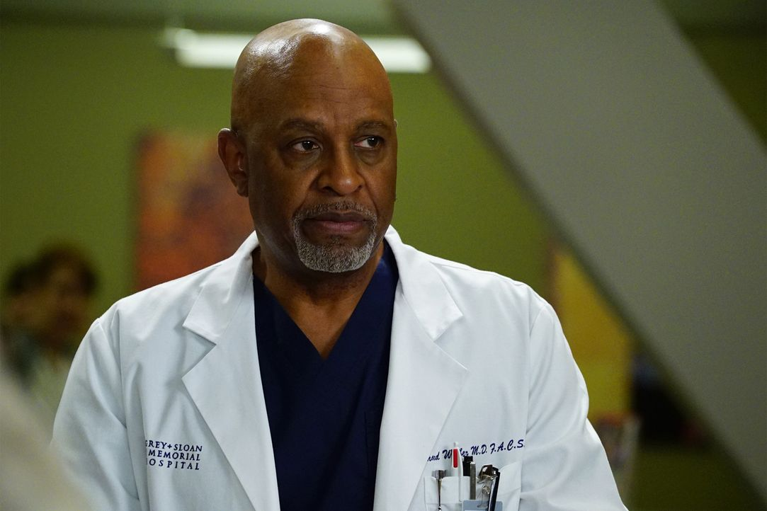 Webber (James Pickens Jr.) kämpft um das Leben seiner Patientin. Doch dies ich leichter gesagt als getan ... - Bildquelle: Richard Cartwright 2016 American Broadcasting Companies, Inc. All rights reserved.