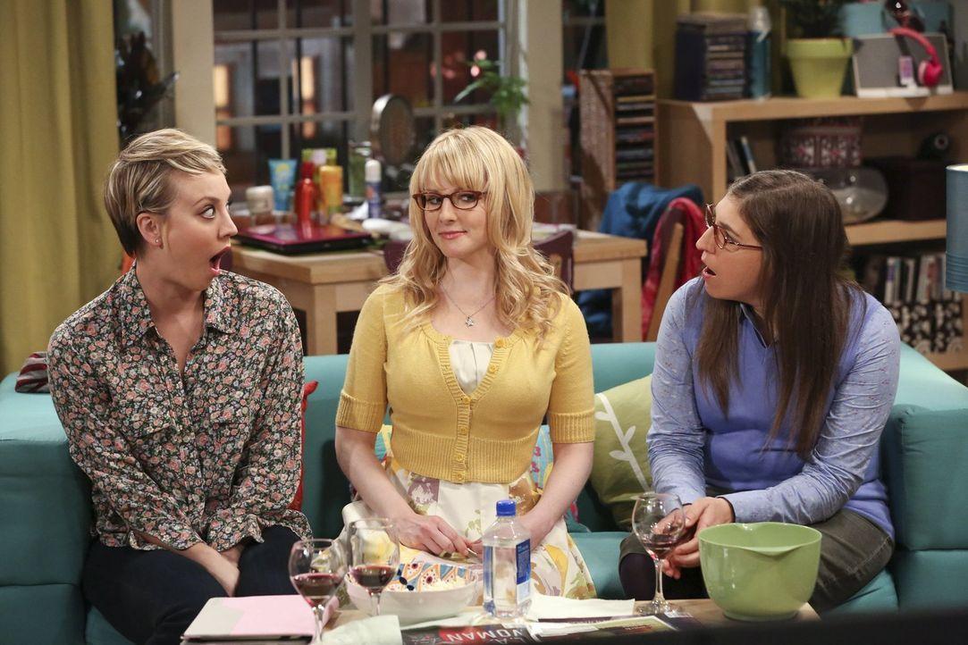 Ein ganz besonderer Mädchenabend wartet auf Penny (Kaley Cuoco, l.), Bernadette (Melissa Rauch, M.) und Amy (Mayim Bialik, r.) ... - Bildquelle: Warner Bros. Television
