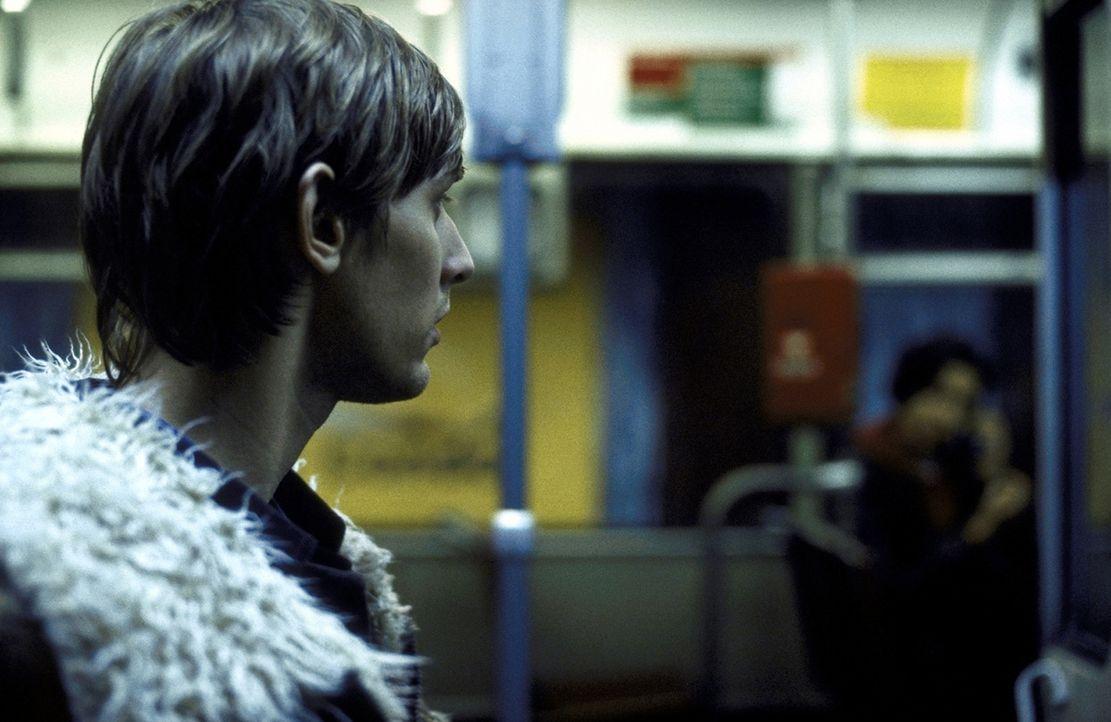 Immer wieder wird Felix (Martin Glade) von seinen Frauen sitzen gelassen. Doch dies soll jetzt anders werden ... - Bildquelle: ProSieben