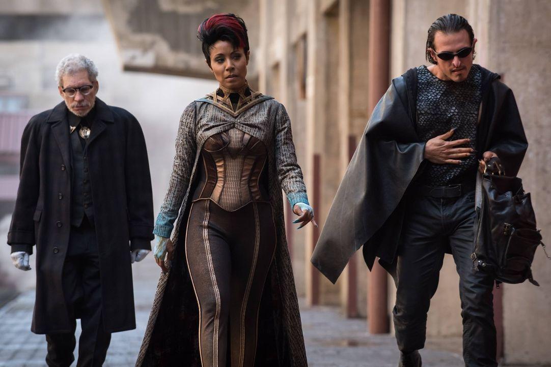Wird sich Fish Mooney (Jada Pinkett Smith, M.) an Penguin rächen, während Gordon als Kopfgeldjäger in Gotham City unterwegs ist? - Bildquelle: 2016 Warner Brothers