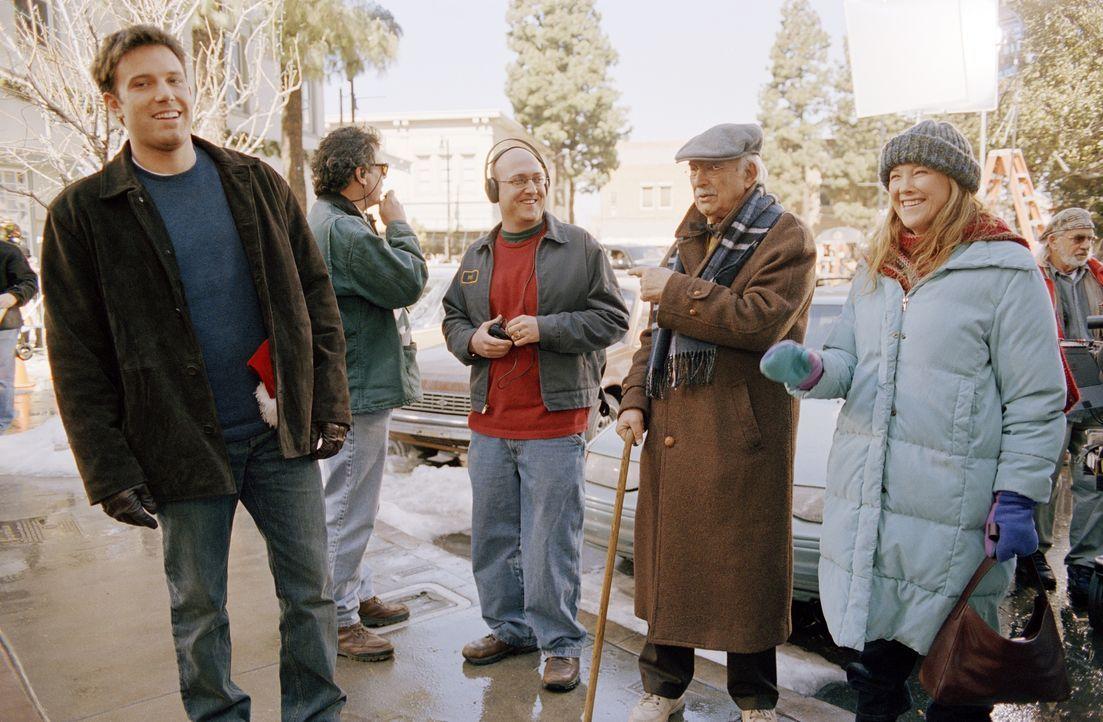 """Bei den Dreharbeiten zu """"Jingle Bells - Eine Familie zum Fest"""" ... - Bildquelle: Susanne Tenner Telepool GmbH / Susanne Tenner"""