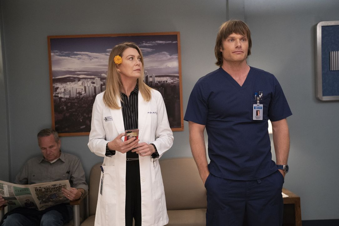 Dr. Meredith Grey (Ellen Pompeo, l.); Dr. Atticus Lincoln (Chris Carmack, r.) - Bildquelle: Mitch Haaseth ABC Studios/Mitch Haaseth