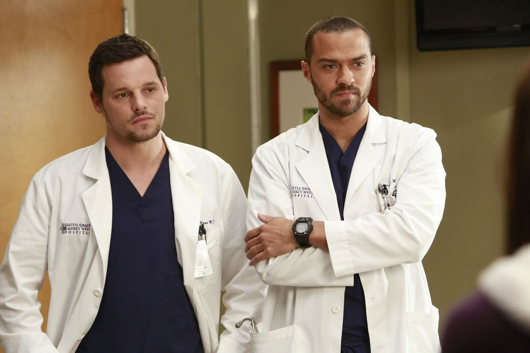 Die Veränderungen im Krankenhaus machen Alex (Justin Chambers, l.) und Jackson (Jesse Williams, r.) zu schaffen ... - Bildquelle: ABC Studios