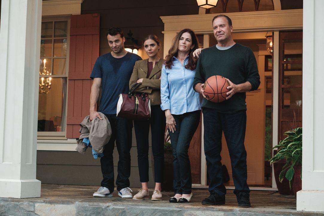 (v.l.n.r.) Damon Hadley (Peter Mooney); Melanie Banning (Karissa Lee Staples); Anna Banning (Kim Delaney); Gord Banning (Ron Kologie) - Bildquelle: Disney. All rights reserved.