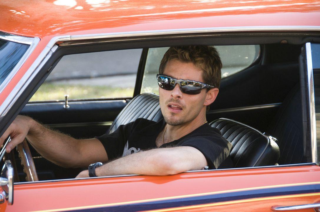 """Der """"Judge"""" ist der ganze Stolz von Ians Bruder Rex (James Marsden). Eines Tages """"leiht"""" sich sein jüngerer Bruder den Pontiac GTO aus, um mit sein... - Bildquelle: 2008 Summit Entertainment, LLC. All rights reserved"""