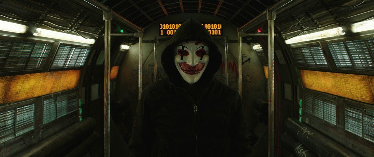 Im Darknet unterwegs, um den weltweit gesuchten Hacker MRX und seine FR13NDS-Killer zu stoppen: die Hackergruppe CLAY ... - Bildquelle: Jan Rasmus Voss Wiedemann & Berg Film