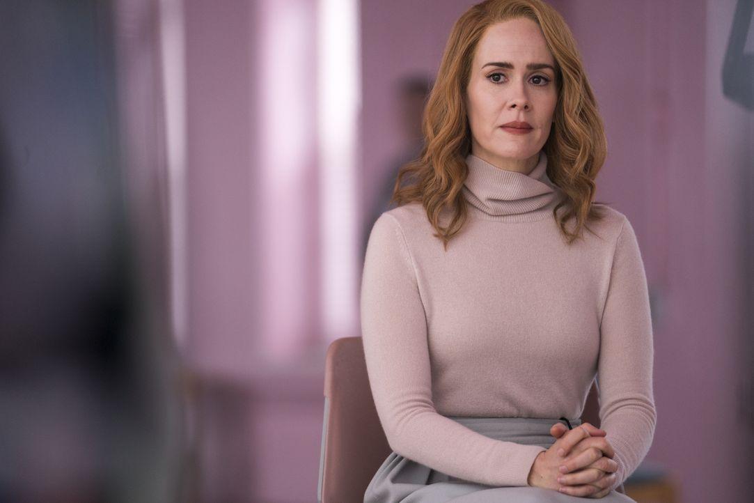Dr. Ellie Staple (Sarah Paulson) - Bildquelle: Jessica Kourkounis 2019 Universal Studios. All Rights Reserved. / Jessica Kourkounis