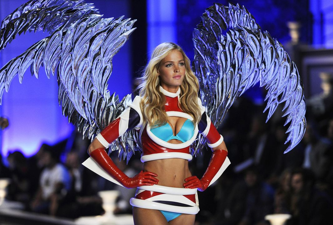victoria-secret-fashion-show-2011-15-erin-heatherton-afpjpg 1900 x 1286 - Bildquelle: AFP
