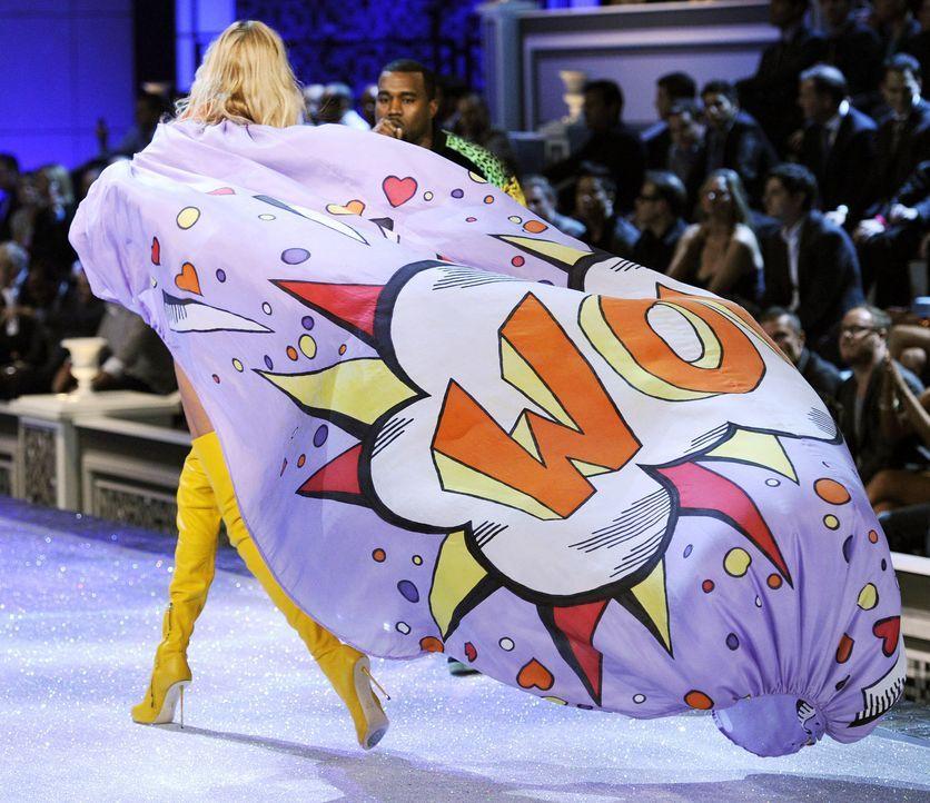 victoria-secret-fashion-show-2011-29-anja-rubik-afpjpg 1900 x 1641 - Bildquelle: AFP