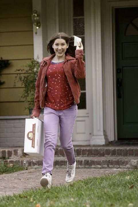 Ein neues Projekt wartet auf Sue (Eden Sher). Dabei kann sie eine Reise nach Indianapolis gewinnen - doch wird sie einer der glücklichen Gewinner se... - Bildquelle: Warner Brothers