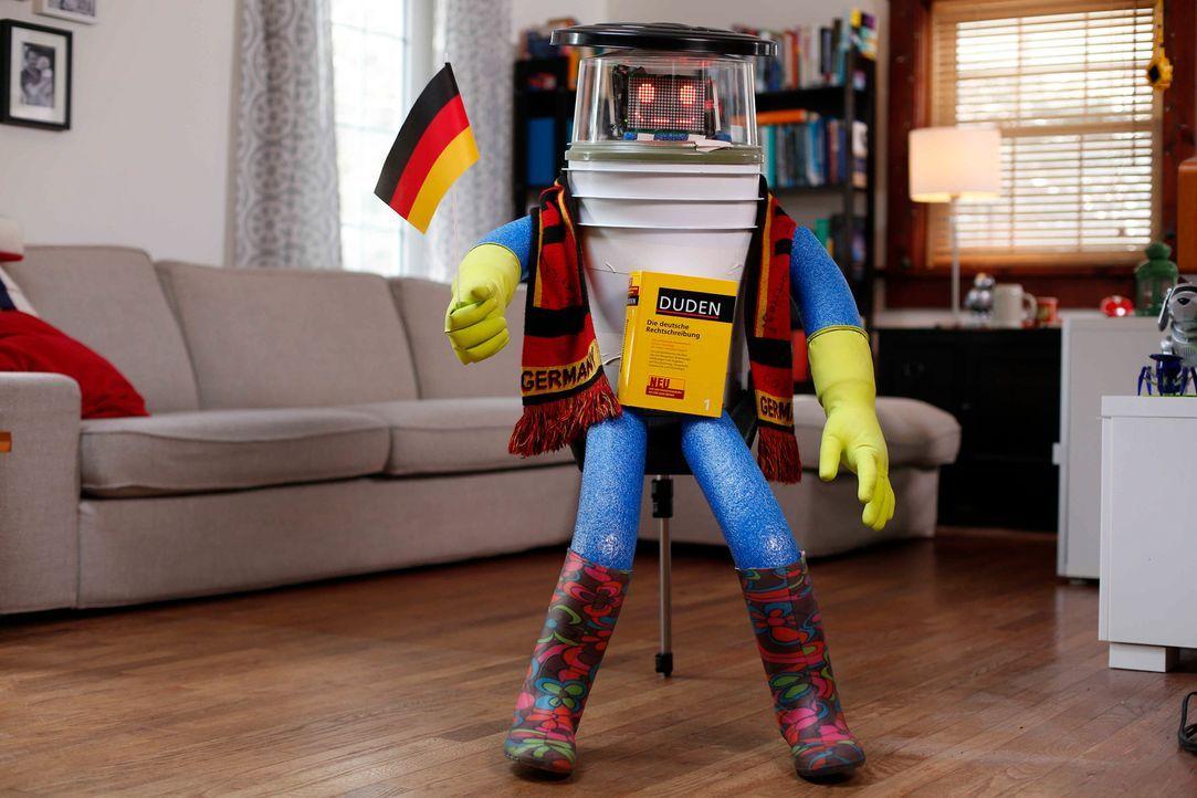 Freut sich auf seine Per-Anhalter-Tour durch Deutschland, nachdem er bereits Kanada bereist hat: hitchBOT ... - Bildquelle: ProSieben