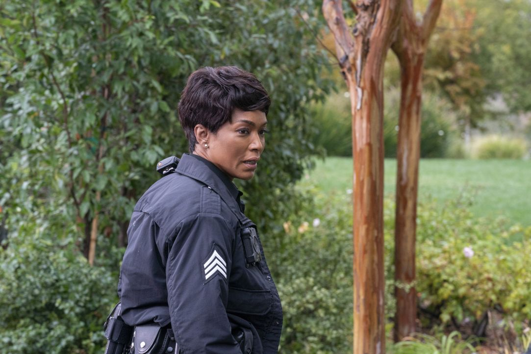 Athena Grant (Angela Bassett) - Bildquelle: Jack Zeman 2019-2020 Twentieth Century Fox Film Corporation.  All rights reserved. / Jack Zeman